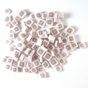 Lilac Hip to be Square Millefiori - 13 gr