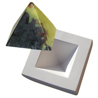 Pyramid Paperwight Mould