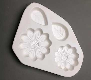 Small Daisies and Leaves frit casting mold